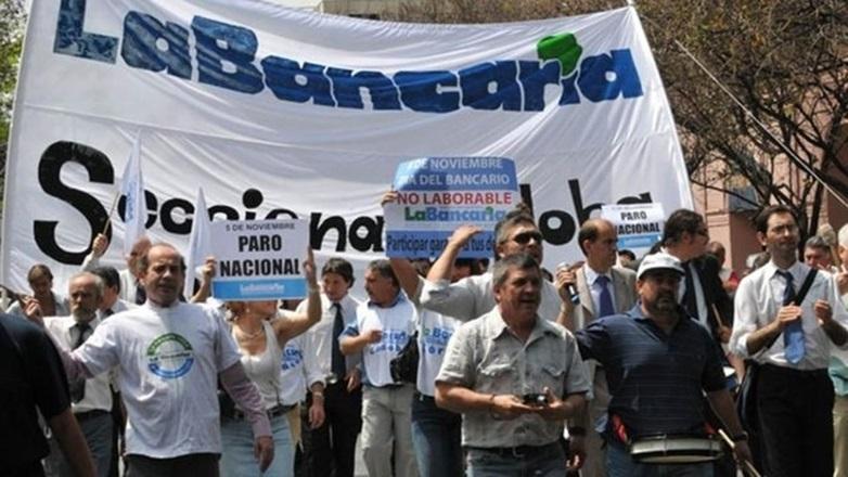 Trabajadores convocaron a un paro en el Banco Nación para este miércoles en todo el país