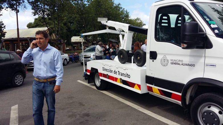 Gral. Alvarado: El Intendente Germán Di Cesare presentó nuevos vehículos y equipamientos