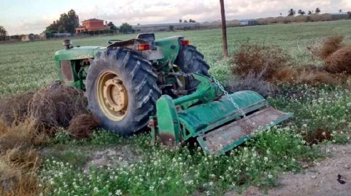 Un tractorista sufrió lesiones en un insólito accidente en ruta 88