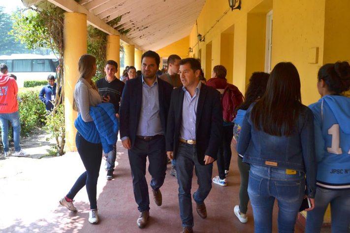 Miramar: la Escuela Agrícola recibe visitas de Directores Franceses y autoridades del INET