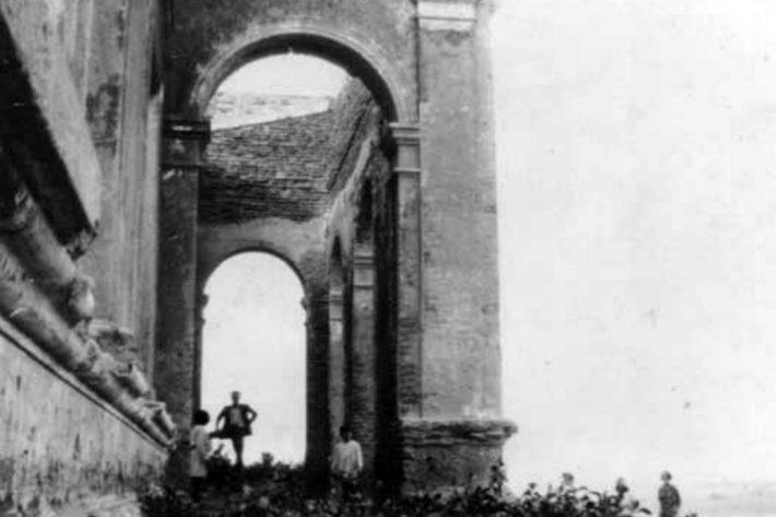 Nota La Nación. Mar del Sud: El misterioso hotel que estuvo enterrado en la arena durante más de 100 años