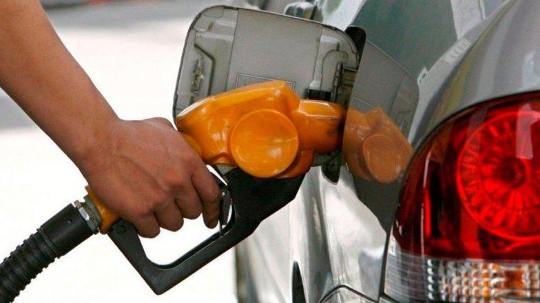 Suba de combustibles: en Miramar y zona la nafta premium rozan los $ 50,-.