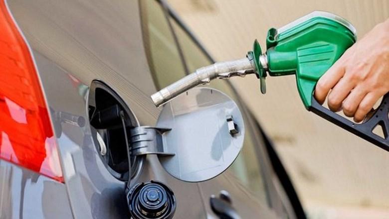 Más aumentos: prevén alza del precio de la nafta del 25% antes de junio de 2019