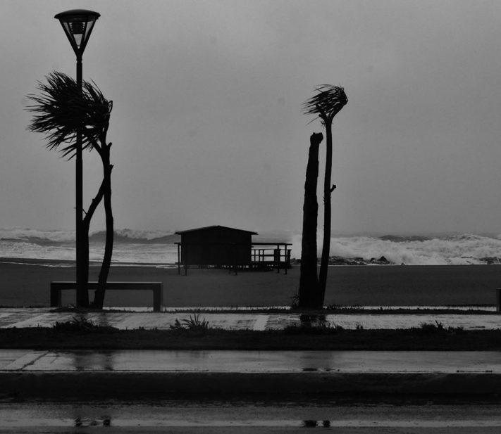Hay alerta meteorológico por lluvias y tormentas fuertes para Miramar y zona