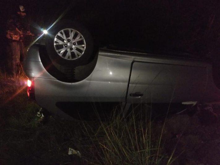 Ruta 11: a la atura del barrio San Patricio volcó un automóvil. Su conductor falleció.