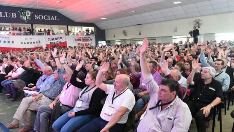 Rotundo aval de la UCR bonaerense para continuar en Cambiemos