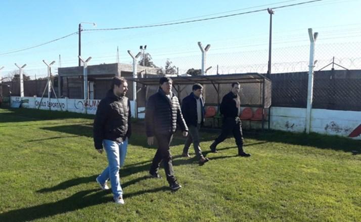 Otamendi: Lugones visitó el «Guillermo Trama»