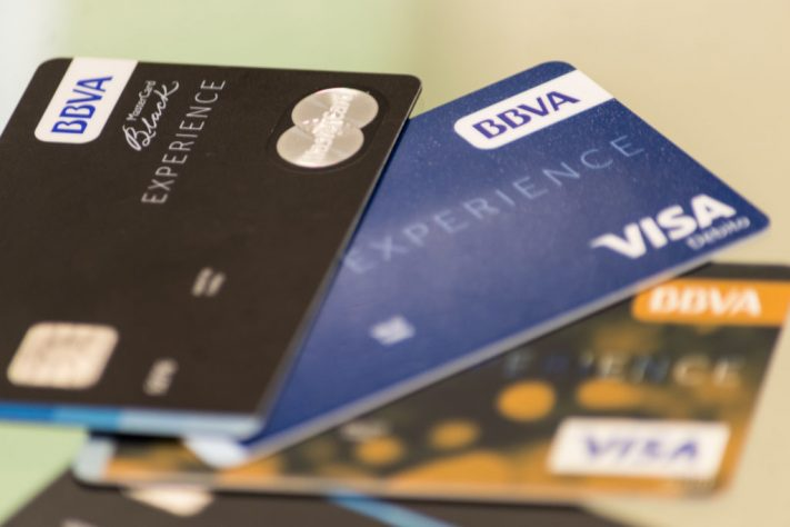 Pagar el mínimo de tarjeta: el peor negocio en una crisis