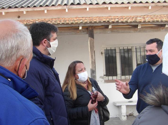 "Miramar: Ianantuony visitó la Escuela N°5 ""Paula Albarracín"","